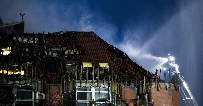 2 dead, 15 injured in fire at hospital in western Germany