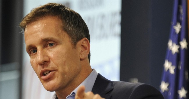Governor hopefuls distancing themselves from Clinton, Trump