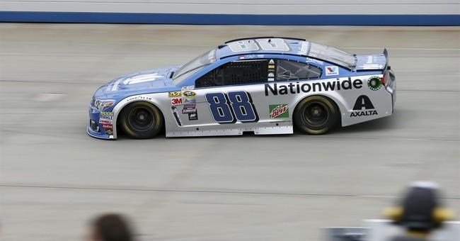 Earnhardt returns to Dover to support Hendrick teammates