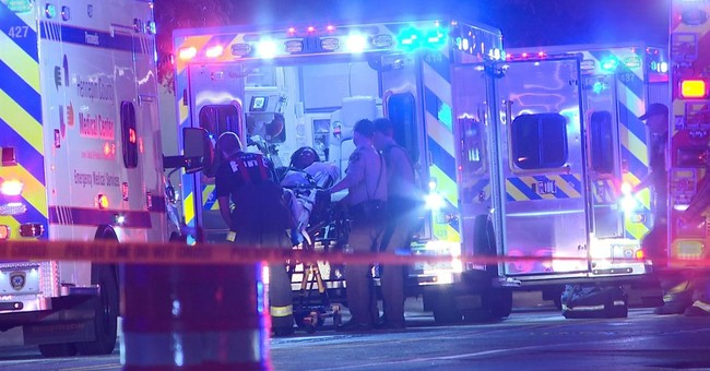 6 people injured in 2 downtown Minneapolis shootings