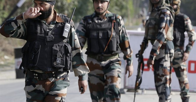 Indian and Pakistani troops exchange fire in Kashmir