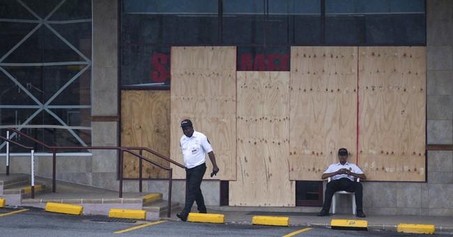 Hurricane Matthew drenches Haiti, threatens catastrophe