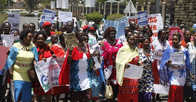 Activists ask Kenya's president stop railway crossing park