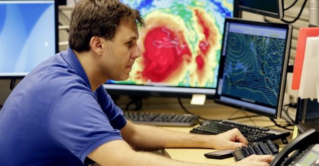 Travelers change plans ahead of Hurricane Matthew