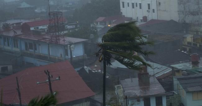 Hurricane Matthew hitting Bahamas as Haiti tries to dig out