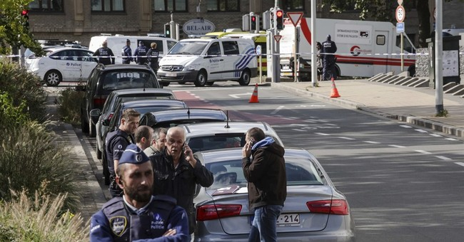 Belgian prosecutor: 2 police stabbed, may be terror-related