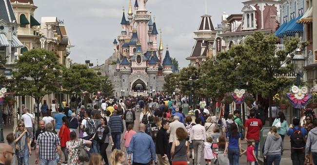 Man with 2 handguns, partner arrested at Disneyland Paris
