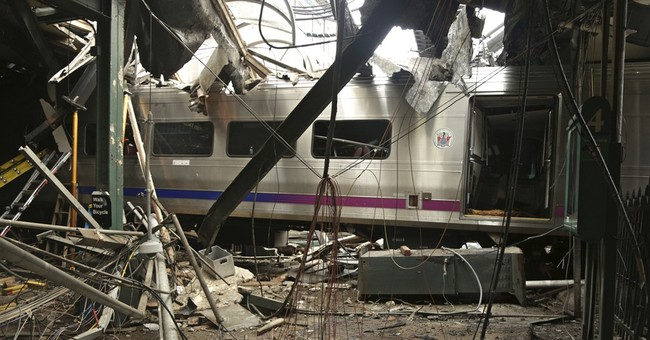 Commuter railroad changes arrival rule after station crash