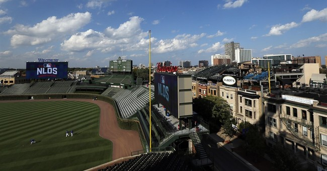 At home in Wrigleyville, players embrace proximity to park