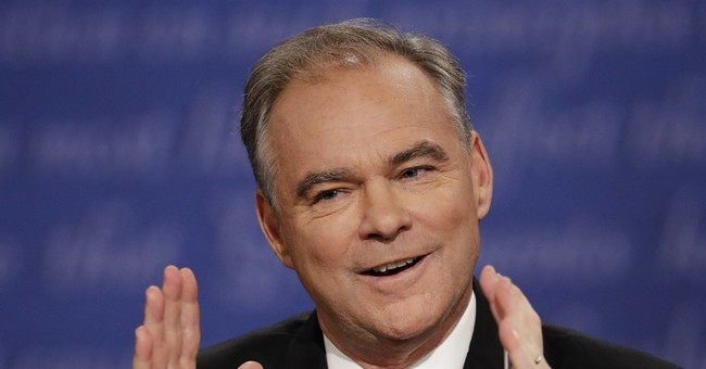 Aggressive in spotlight, Kaine charms donors in private