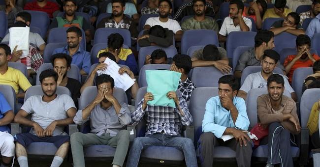 Despite anti-India protests, Kashmiris seek police jobs