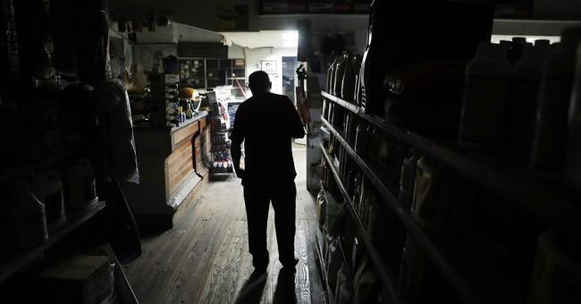 The Latest: Hurricane Matthew causes North Carolina floods