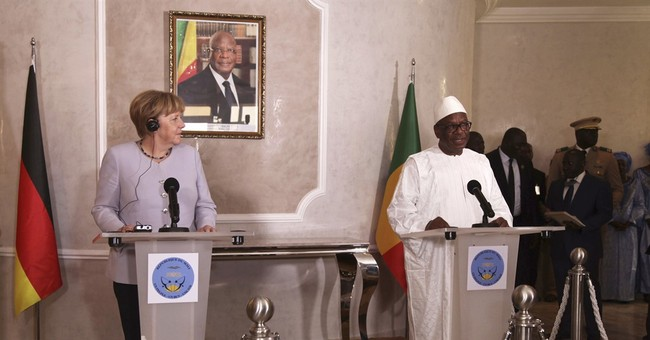 Germany's Merkel in Mali to strengthen development, ties
