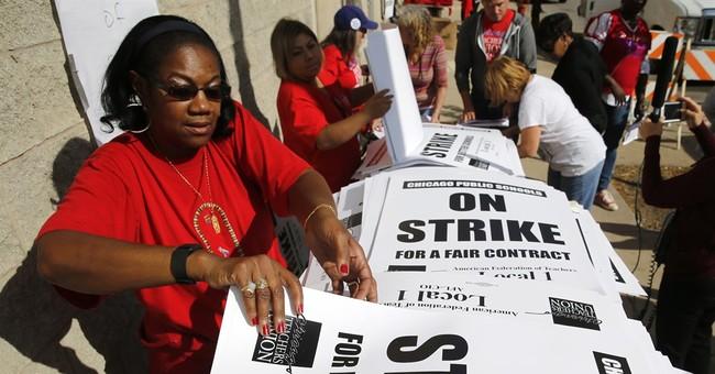 Chicago teachers, district reach tentative deal; no strike