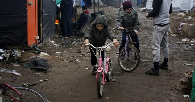 Britain to begin taking Calais migrant children within days
