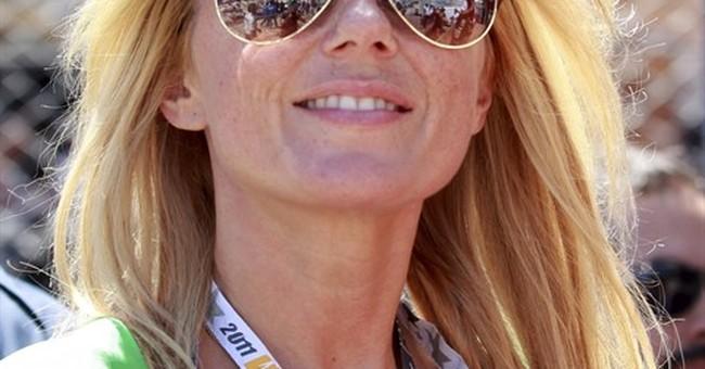 Correction: People-Geri Halliwell story
