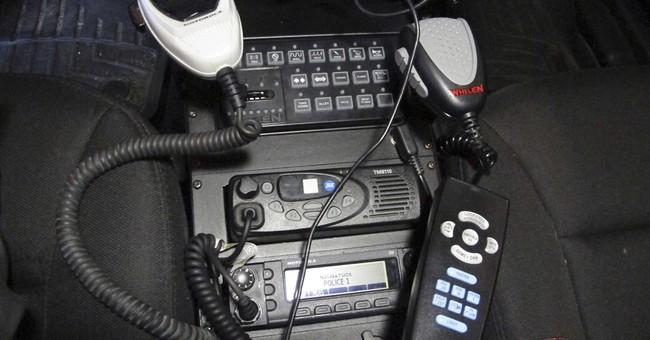 Now hear this: Emergency agencies turn off radio encryption