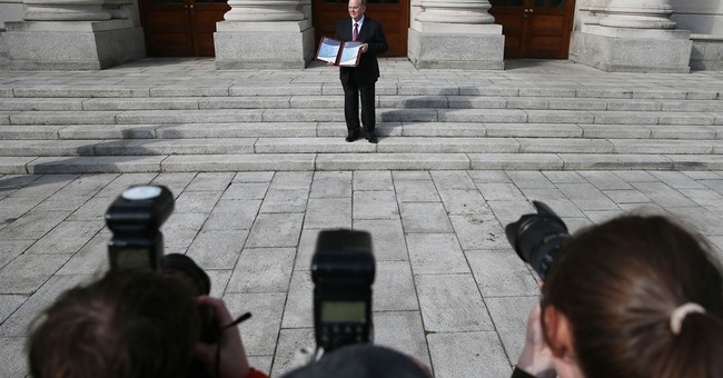 Ireland unveils pro-growth 2017 budget, forecasts Brexit hit