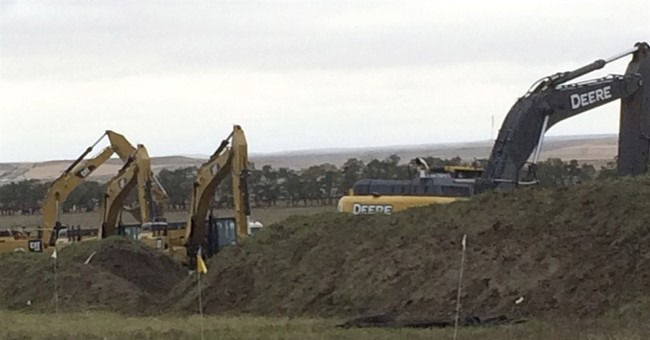 Dakota Access pipeline work resumes near site of protest