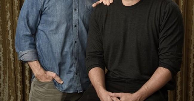 Pre-'Justice League,' Affleck, Simmons bond on 'Accountant'