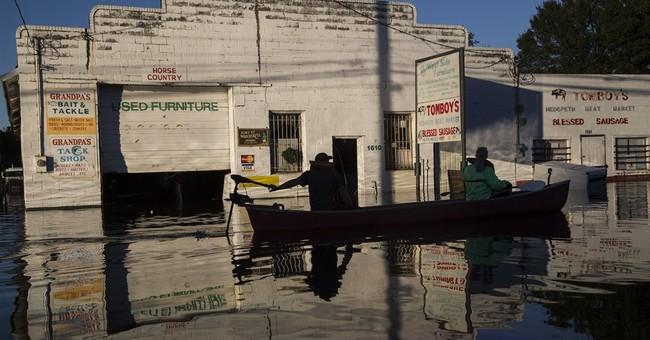 Closed US restaurants, damaged homes: Matthew may cost $10B