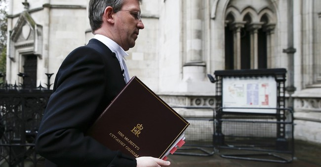 Dueling protests as Brexit battle goes to UK's High Court