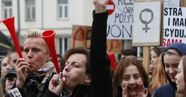 Polish women protest ruling party chief's abortion comment