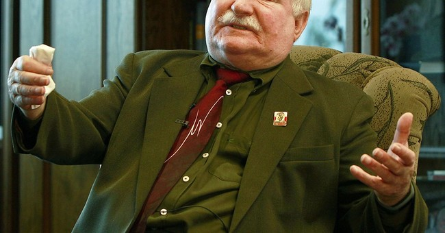 Poland's Lech Walesa loses state security protection abroad