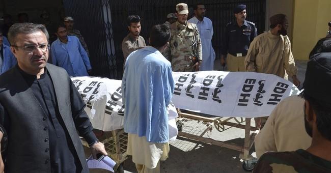Gunmen kill 3 Pakistani paramilitary troops in Quetta