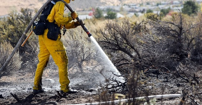 The Latest: 22 homes destroyed in Nevada wildfire