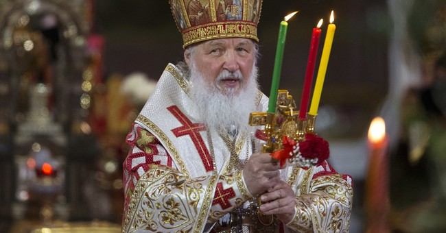 Russian Patriarch's visit to queen stirs some complaints