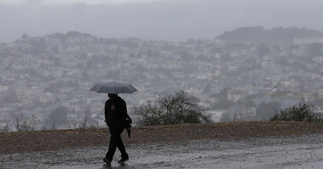 Thousands await power as less severe Northwest storm fizzles