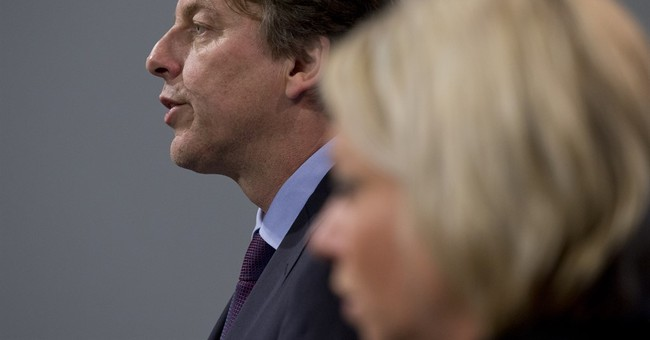 Dutch to join US-led airstrikes against IS in Syria