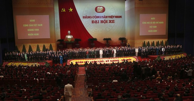Analysis: Successful leader in Vietnam needs to be faceless
