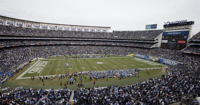 Chairman says Chargers to stay in San Diego in 2016