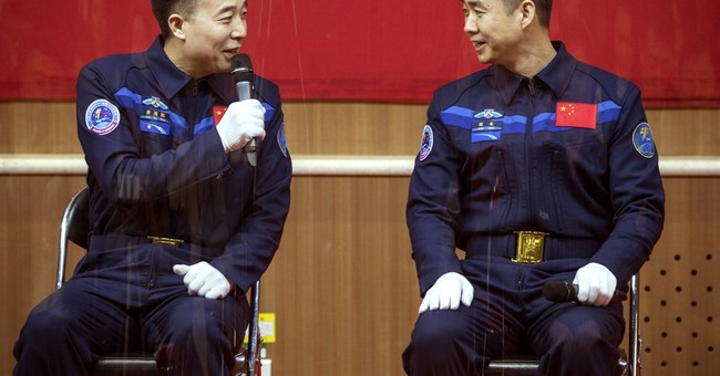 China to blast 2 astronauts into space on Monday