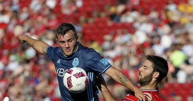 FC Dallas takes Supporters' Shield lead, beats Sounders 2-1