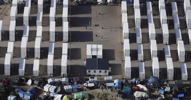French court OKs Calais migrant camp closure, amid NGO fears