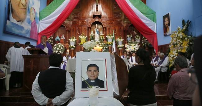 Mexico arrests suspect in killings of 2 priests in Veracruz