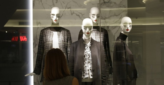 Mourning Thais dye clothes as prices for black apparel surge