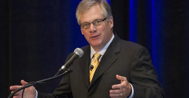 Caterpillar CEO to retire next year