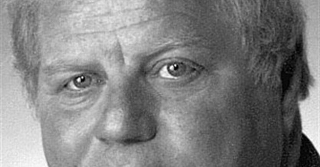 Prosecutors: Indicted former judge tried to bribe witnesses