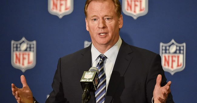 ON FOOTBALL: Will Vegas and Raiders be a match?