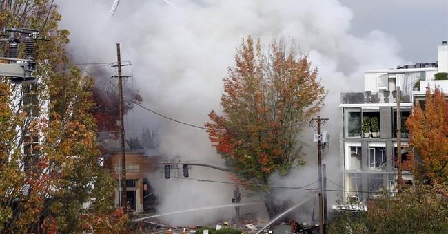 Gas explosion rocks Portland shopping district, injuring 8