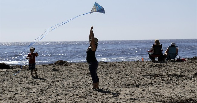 Southern California schools cope with heat from gusty winds