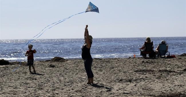 Santa Ana winds bring Southern California heat, fire danger