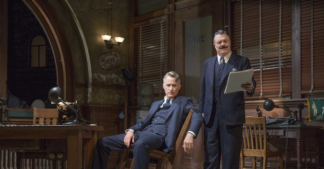 Review: Nathan Lane saves 'The Front Page' from fish wrap
