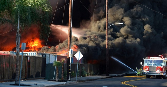 California recycling center fire sends up huge smoke cloud