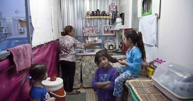 Iraqi advances give hope to displaced Christians