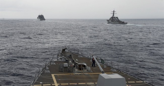 US Navy destroyer conducts operation in South China Sea